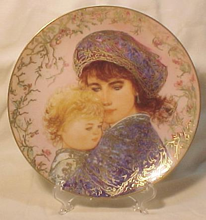 Edna Hibel Knowles Mother's Day Plate - 1987 Catherine & Heather