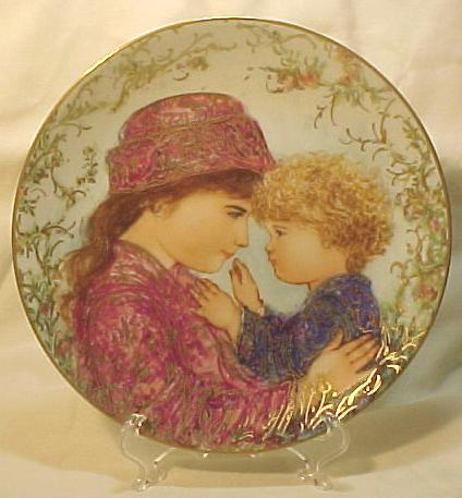 Edna Hibel Knowles Mother's Day Plate - 1988 Sarah & Tess